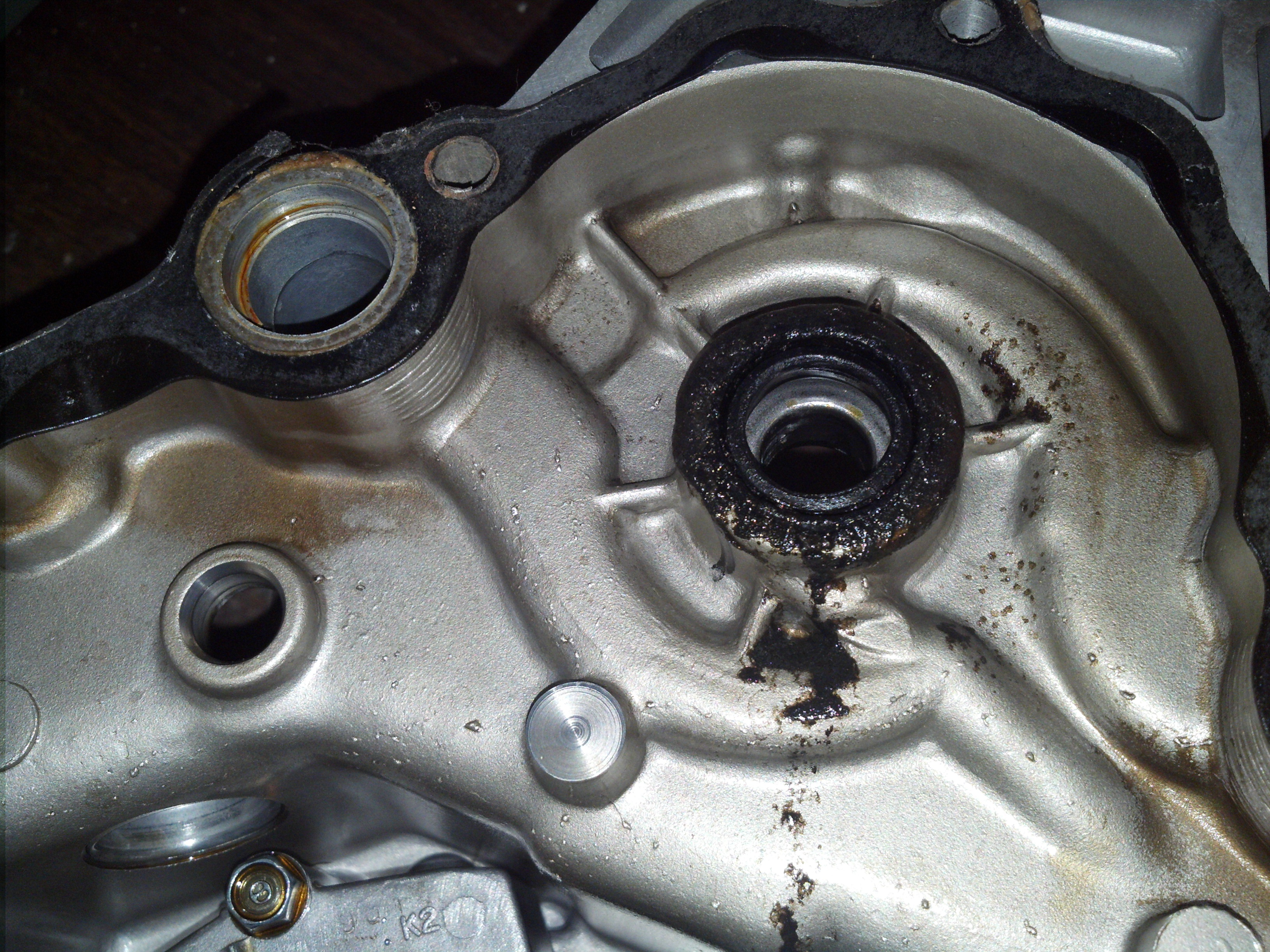 Cx500 stator and seal replacement for Water in motor oil